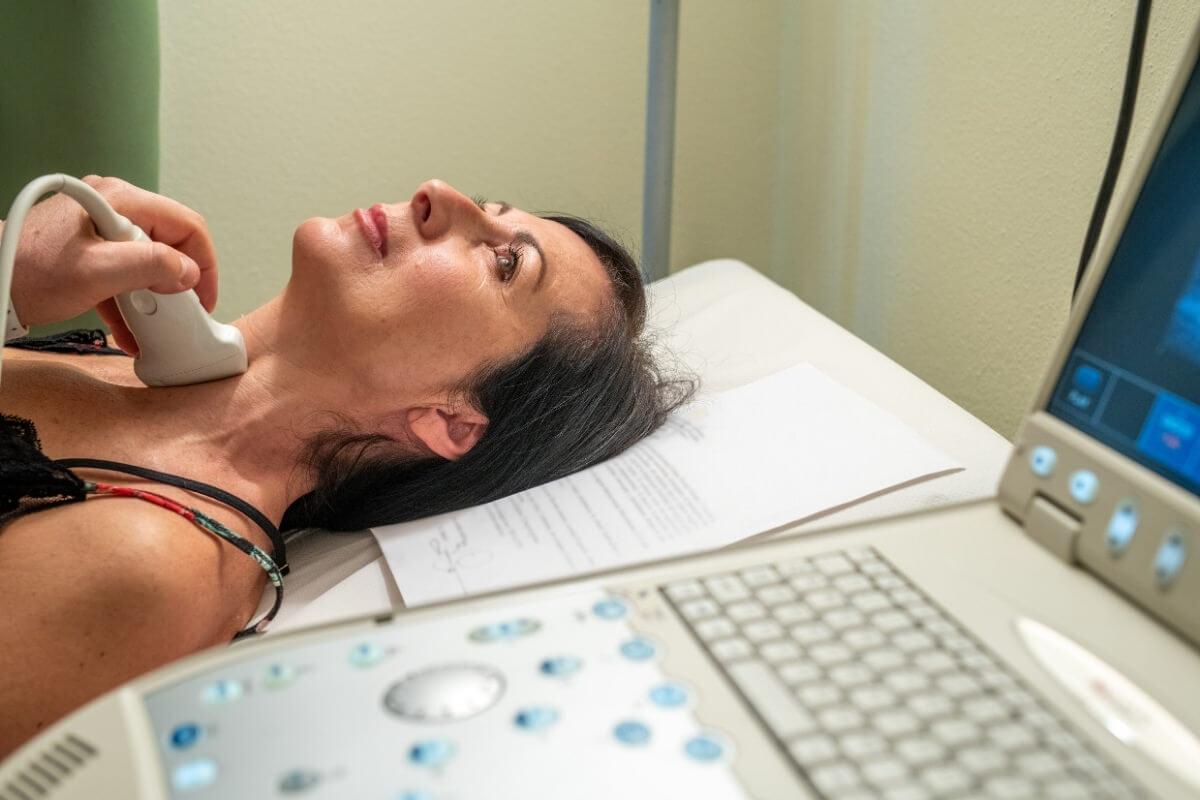 Điều trị ung thư tuyến giáp dễ hay khó?
