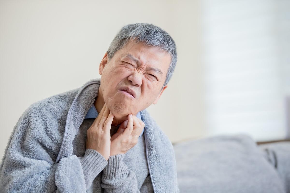Điều trị ung thư tuyến giáp bằng thảo dược ít tác dụng phụ hơn